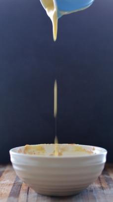 TIK_Spiced Rhubarb & Pear Crumble with Vanilla Custard - pouring3